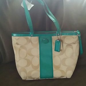Womens Designer Handbag - Meduim